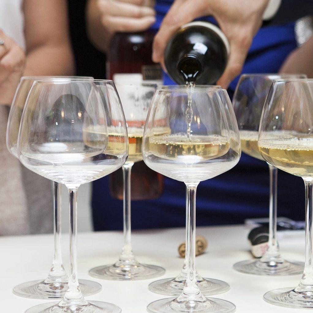 wine-2373499_1280